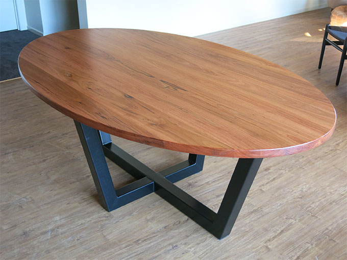 Bespoke Messmate Oval Table Ripple Craft Bespoke Handcrafted Furniture Ju